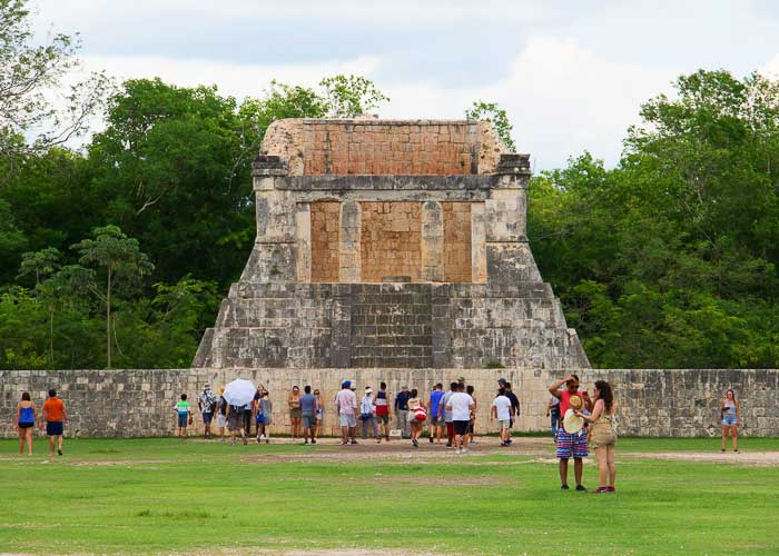 mayanruins-chichenitza-tours-deals