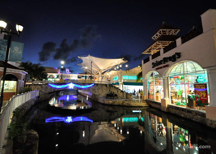shopping-cancun-activities-laisla
