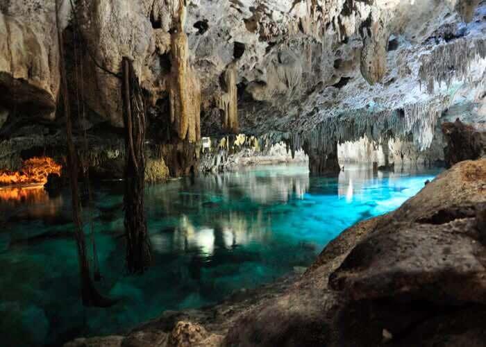 snorkel-in-cenote-aktunchen