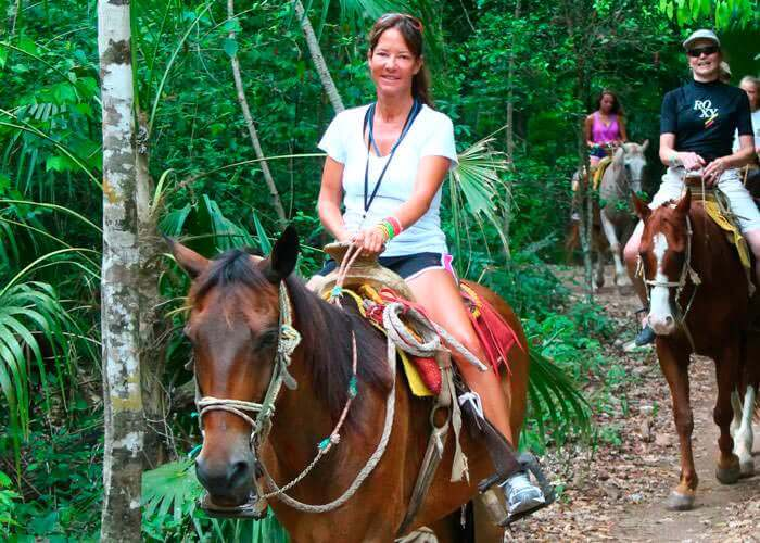 cancun-horseback-riding-tour-lomabonita