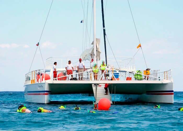 cozumel-catamaran-tour-fury