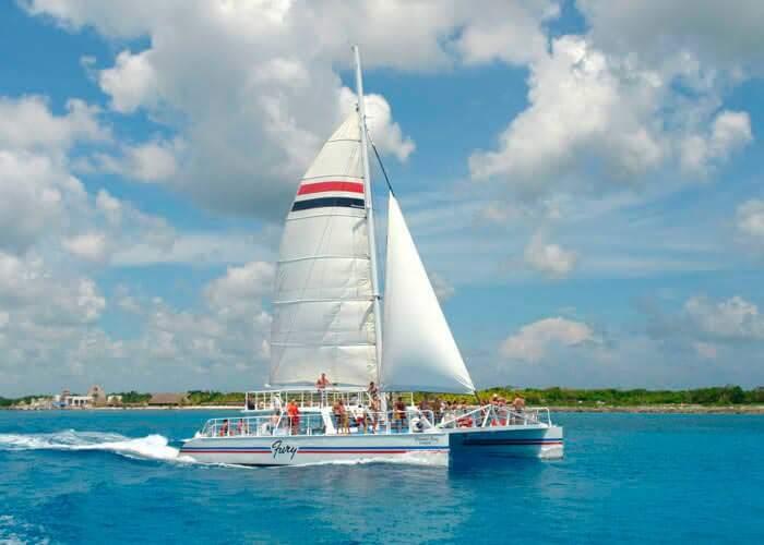 cozumel-catamaran-tour-snorkelreef