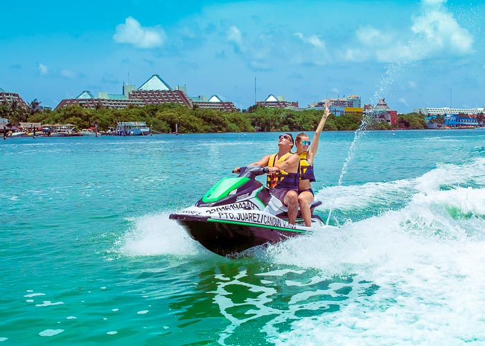 cancun-extreme-tours-waverruners-lagoon