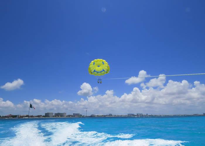 parasailing-cancun-tour