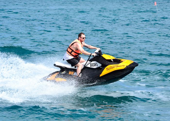 adventuretours-cancun-waverunners