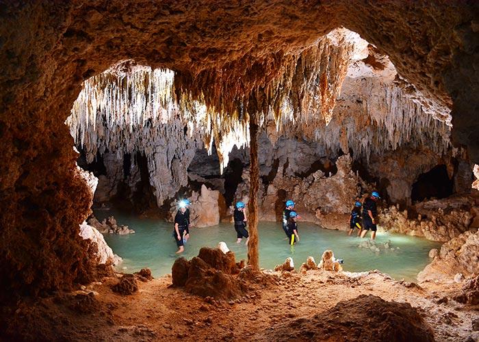 riosecreto-stalactite-cave