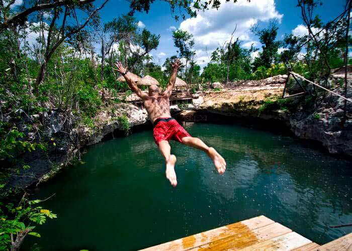 ecological-cancun-tour-selvatica-cenote