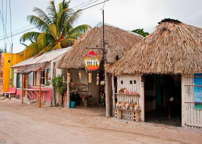 holbox-island-tour-town