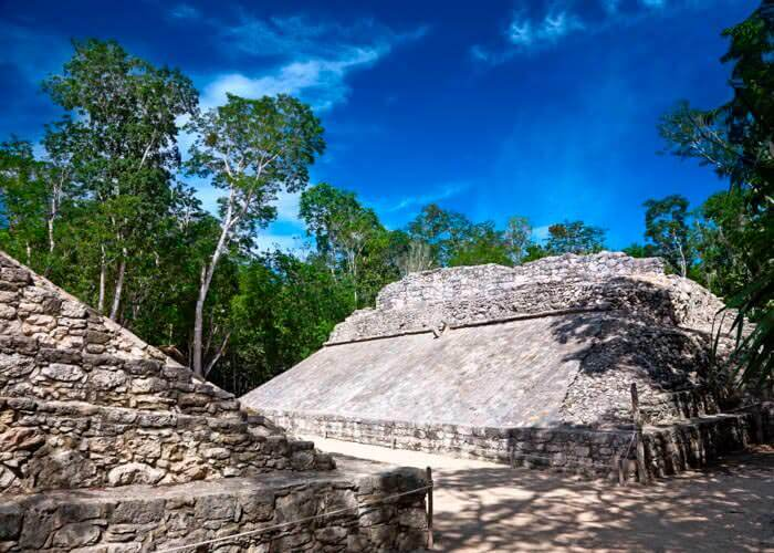 tulum-mayanruins-excursion-from-cancun