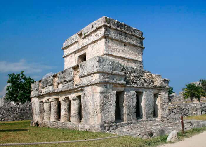 mayan-ruins-tulum-and-dolphinswim-tour