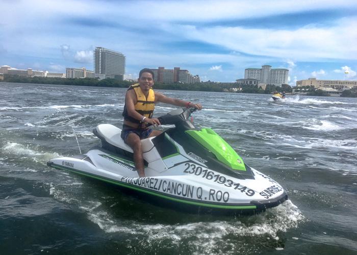 waverunners-cancun-extremetours