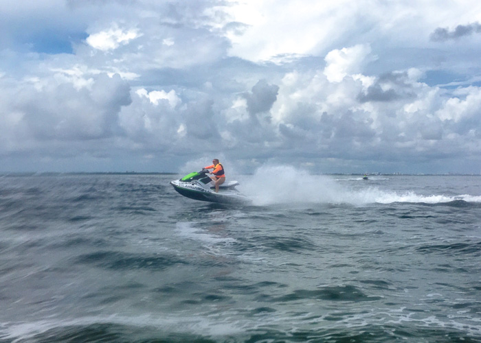 waverunners-cancun-price