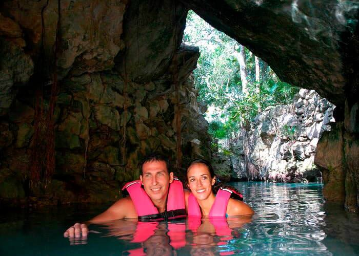 Xcaret Tour from Cancun