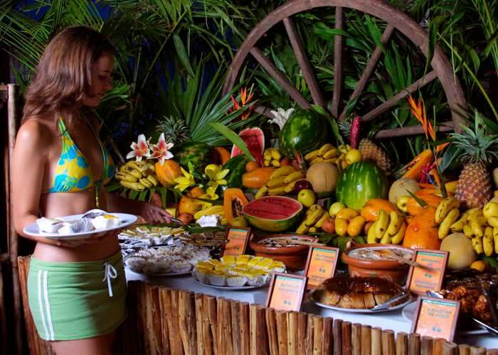 xcaretpark-tour-restaurants