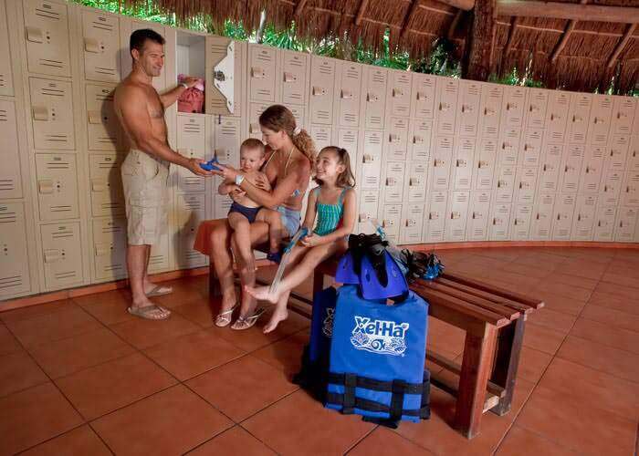 cancun-tours-xelha-park-lockers