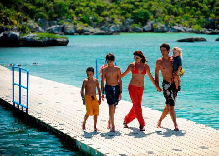 tulum-xelhapark-tour-family
