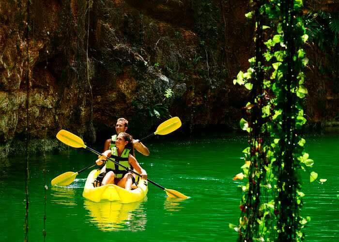 xenotes-tour-kayaks