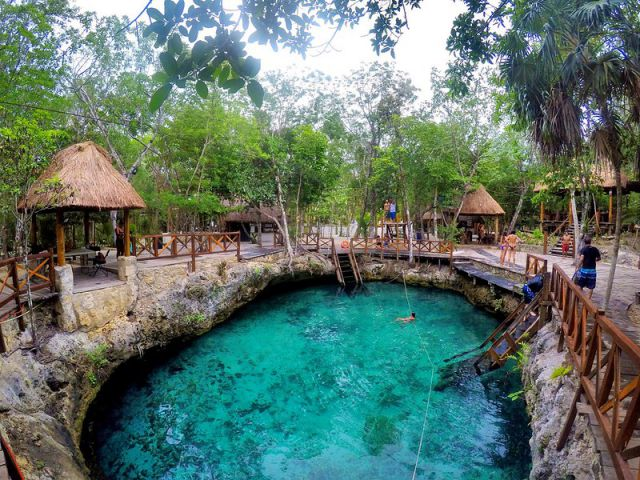 Cenote Yax Muul
