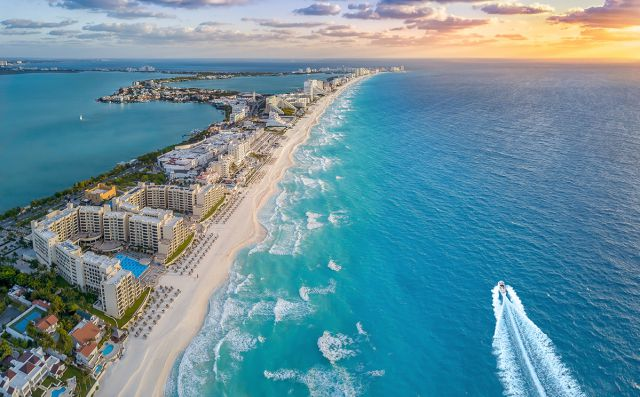 Cancún Travel Guide